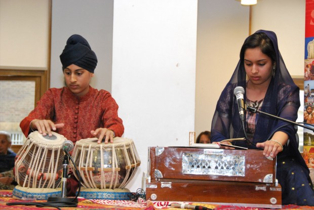 Kirtan Performance at the Golden Temple Exhibition Launch